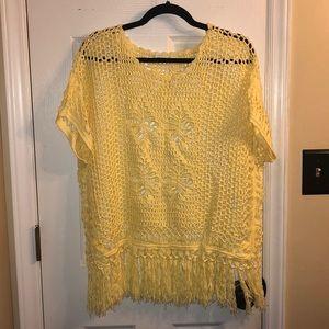 NWOT Sweater Cato Yellow